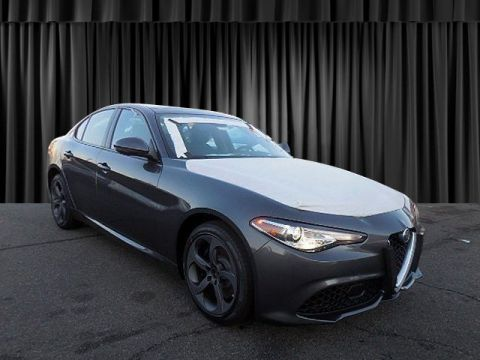 New 2018 Alfa Romeo Giulia With Navigation & AWD
